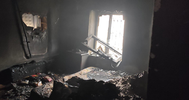 Konya'da müstakil ev çıkan yangında kül oldu