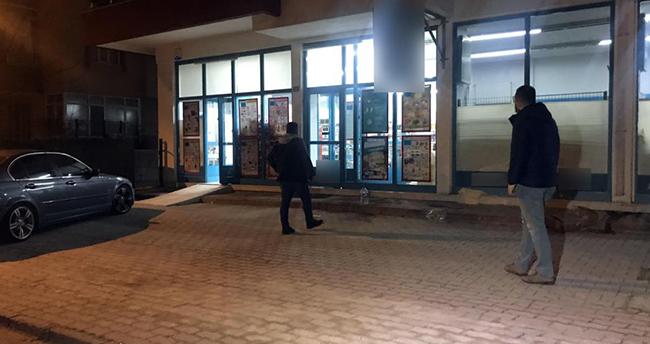 Konya'da marketin tuvaletinde saklanan 2 şüpheli 25 bin lirayı çaldı