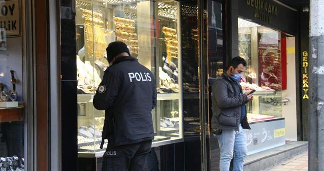 Konya ve Afyonkarahisar'da kuyumcudan el çabukluğu ile hırsızlık yapan 3 kişi yakalandı