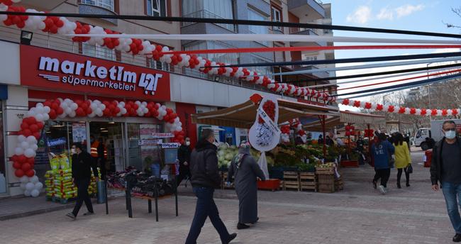 Marketim 42'nin 8. Şubesi Ahmet Özcan Caddesinde açıldı