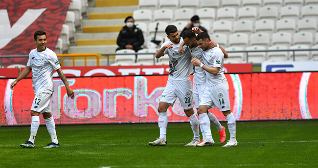 Konyaspor'dan hayati 3 puan!