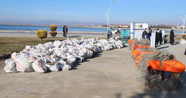 Beyşehir Gölü temizleme çalışmaları değerlendirildi