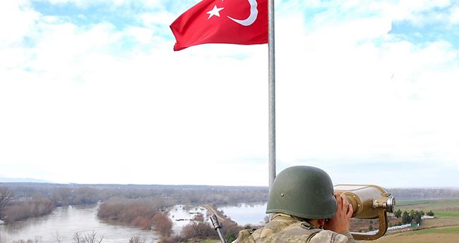 Yunanistan'a geçmeye çalışan 4'ü FETÖ, biri PKK mensubu 10 kişi yakalandı