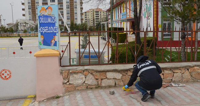 Konya'da bir kişi sokak ortasında kayınpederini öldürdü