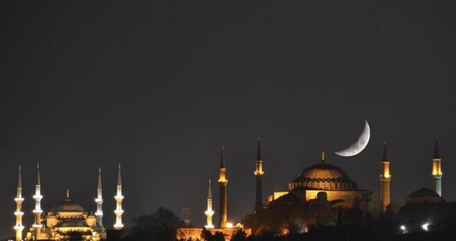 Ramazan imsakiyesi çıktı! En uzun orucu Sinop, en kısa orucu Hatay tutacak…