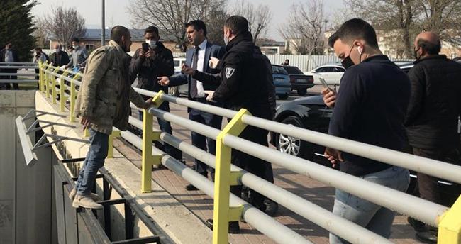Konya'da bir baba çocuğunu göremediği iddiasıyla altıncı kez köprüden atlamaya çalıştı