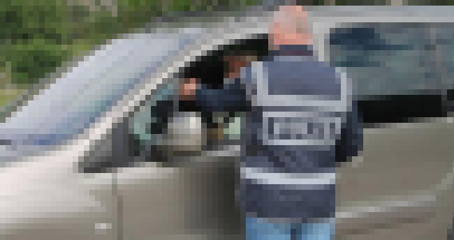 Konya'da karantinada olması gereken kişi araç kullanırken yakalandı! 3 bin 400 lira ceza kesildi