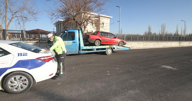 """Konya'da alkollü olarak 6. kez direksiyon başında yakalanan sürücü """"ben terörist miyim"""" diye tepki gösterdi"""
