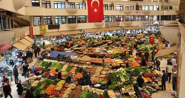 Pazar yerleri cumartesi günleri açılacak, Konya'daki pazarcılar esneklik istiyor